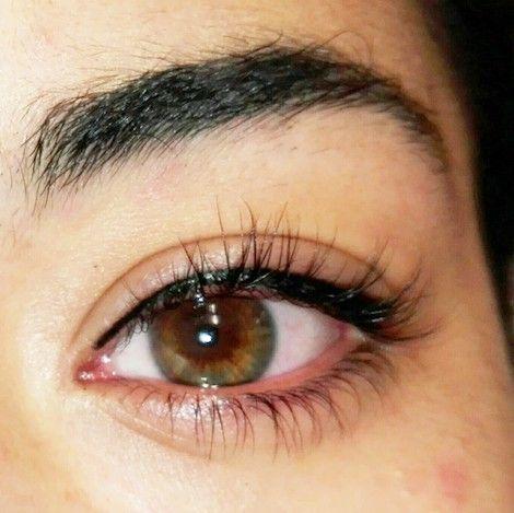 micropigmentacion de ojos en salon de belleza