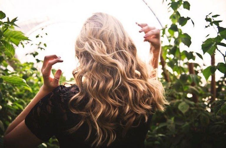como dar volumen al pelo